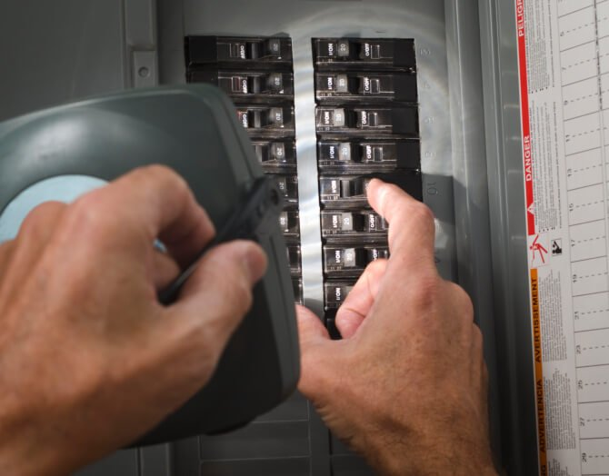 Circuit Breaker Repair | TopTech Electric Tarrant County Electrical Professionals