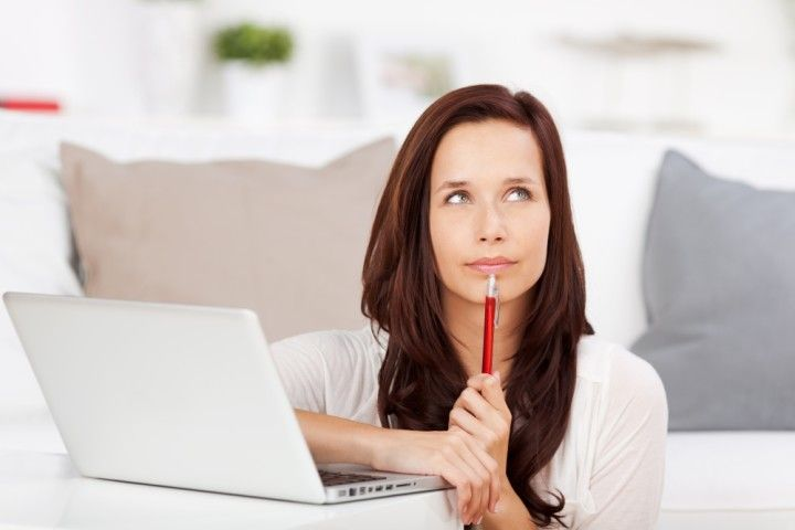 Woman with Laptop | TopTech Electric Tarrant County Electrical Professionals